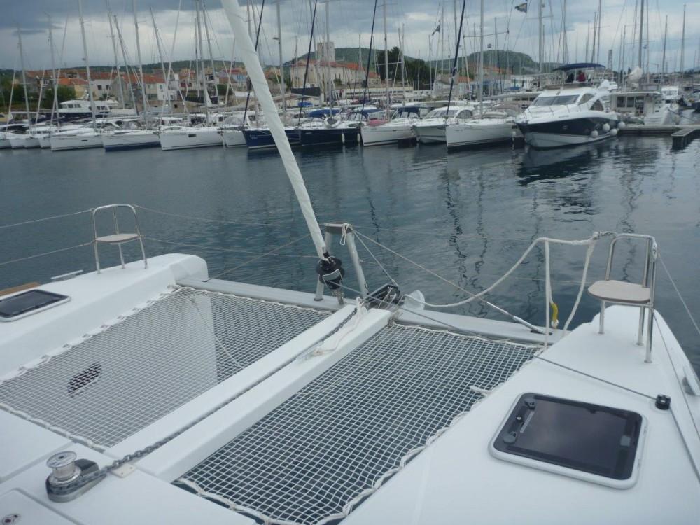 Boat rental Šibenik cheap Lagoon 40