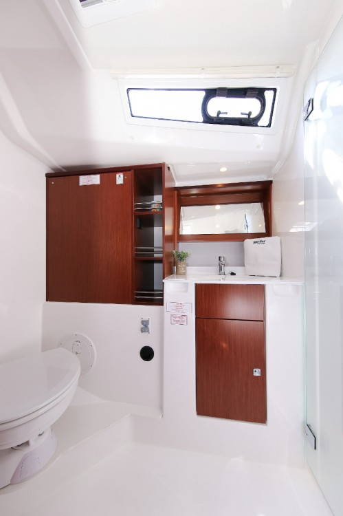 Rent a Bavaria Cruiser 51