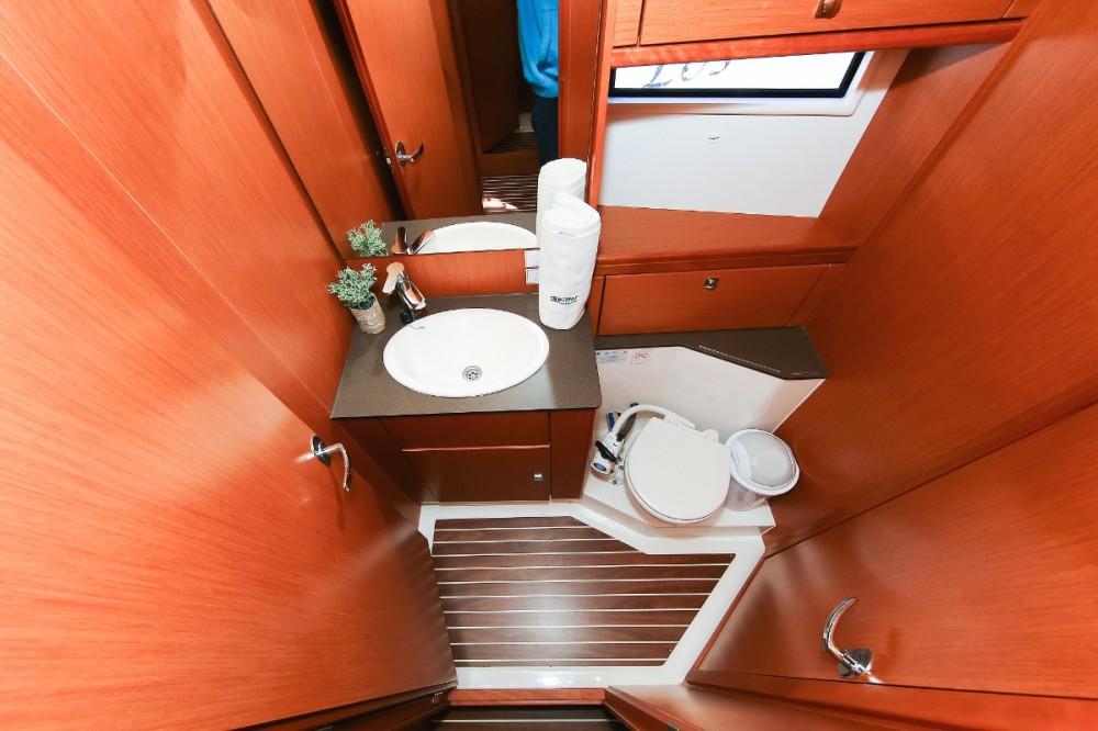 Rental Sailboat in Pula - Bavaria Cruiser 56
