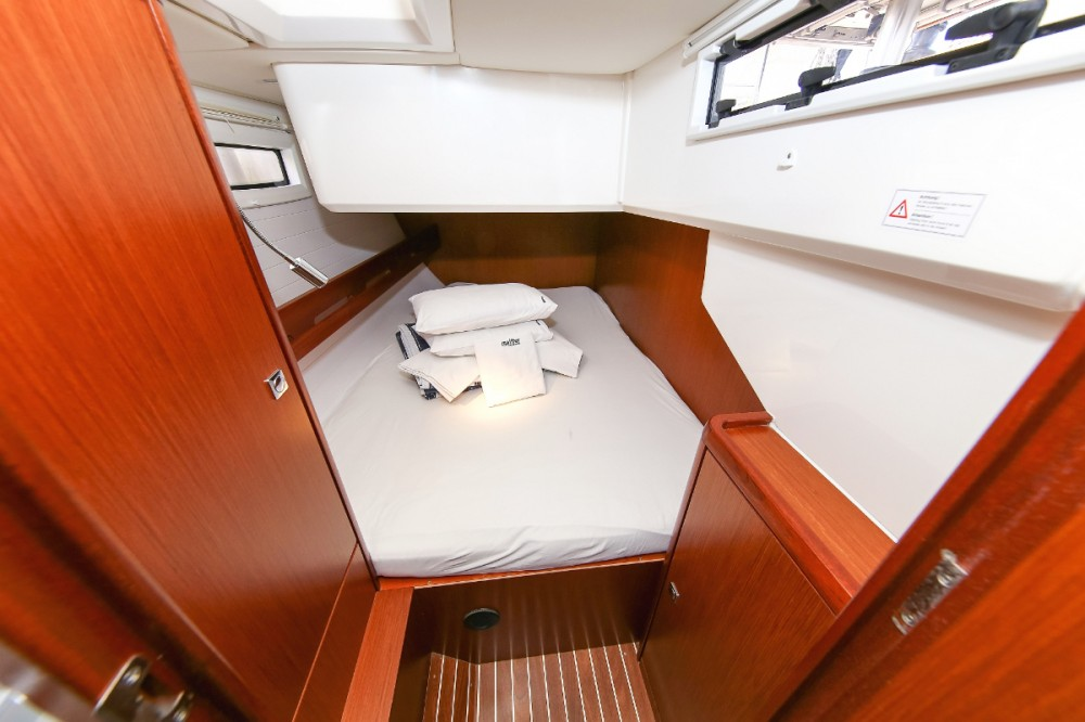 Rental Sailboat in  - Bavaria Vision 46