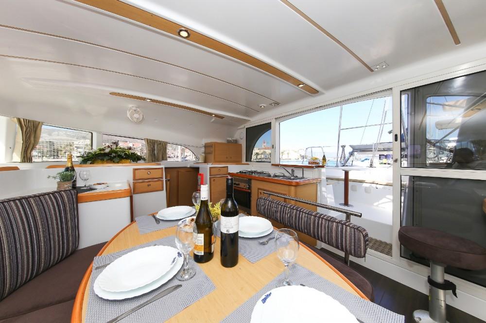 Rental Catamaran in  - Lagoon Lagoon 380 S2