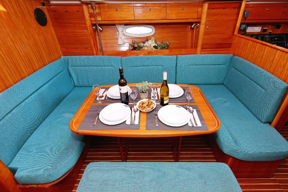 Rental yacht Croatia - Bavaria Cruiser 39 on SamBoat