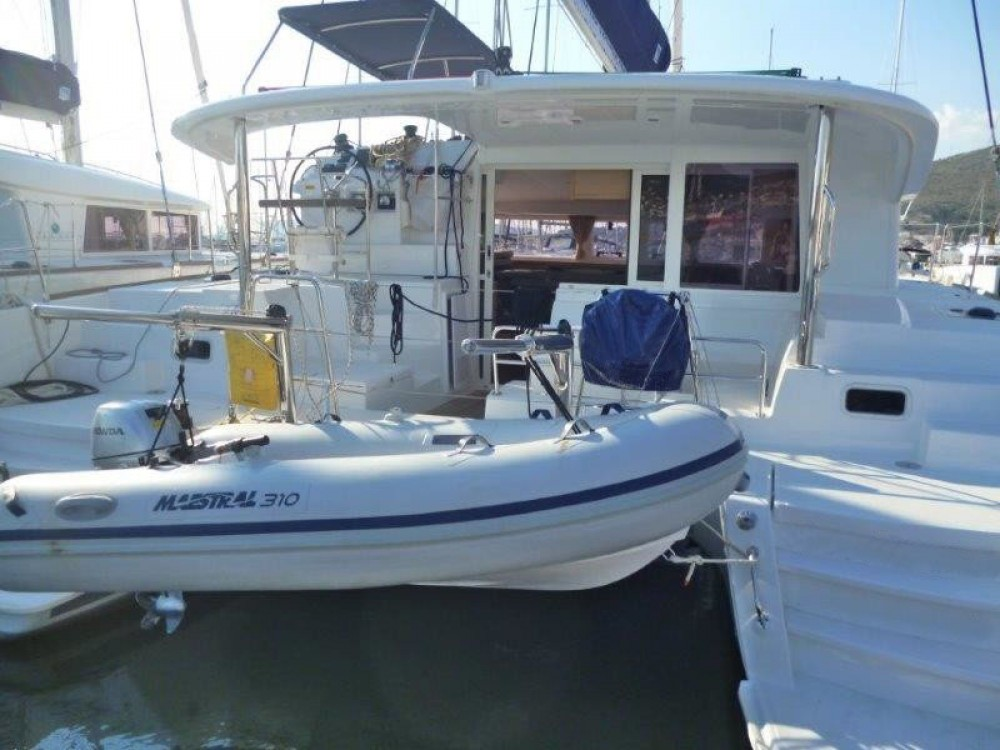 Hire Catamaran with or without skipper Lagoon Pula
