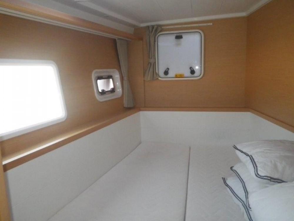 Rental yacht Pula - Lagoon Lagoon 400 S2 - 4 + 2 cab. on SamBoat