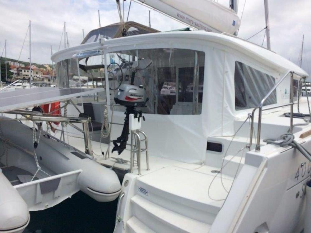 Rental Catamaran in Šibenik - Lagoon Lagoon 400 S2