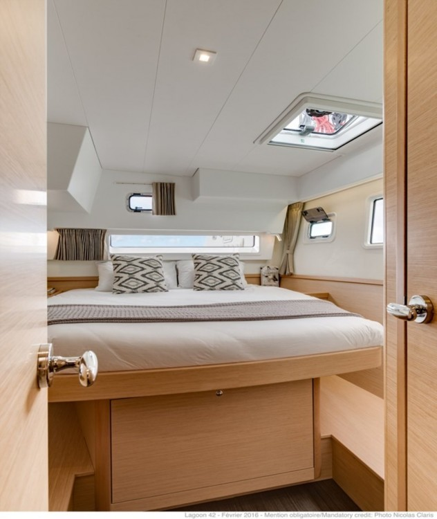 Rental yacht  - Lagoon Lagoon 42 on SamBoat