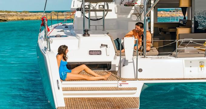 Rental Catamaran in Lefkada - Lagoon Lagoon 42 - 4 + 2 cab.