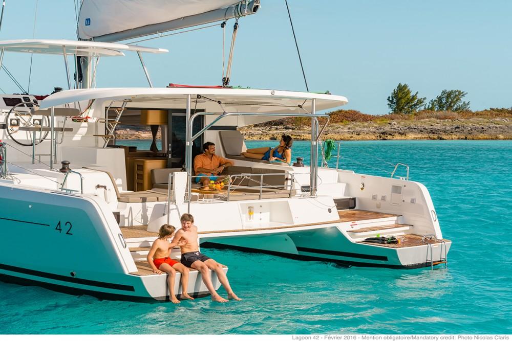 Boat rental Lefkada cheap Lagoon 42 - 4 + 2 cab.