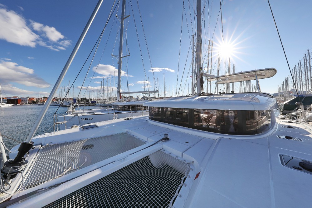 Rental Catamaran in Croazia - Lagoon Lagoon 42