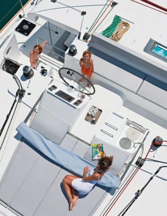Boat rental  cheap Lagoon 450 F - 4 + 1 cab.