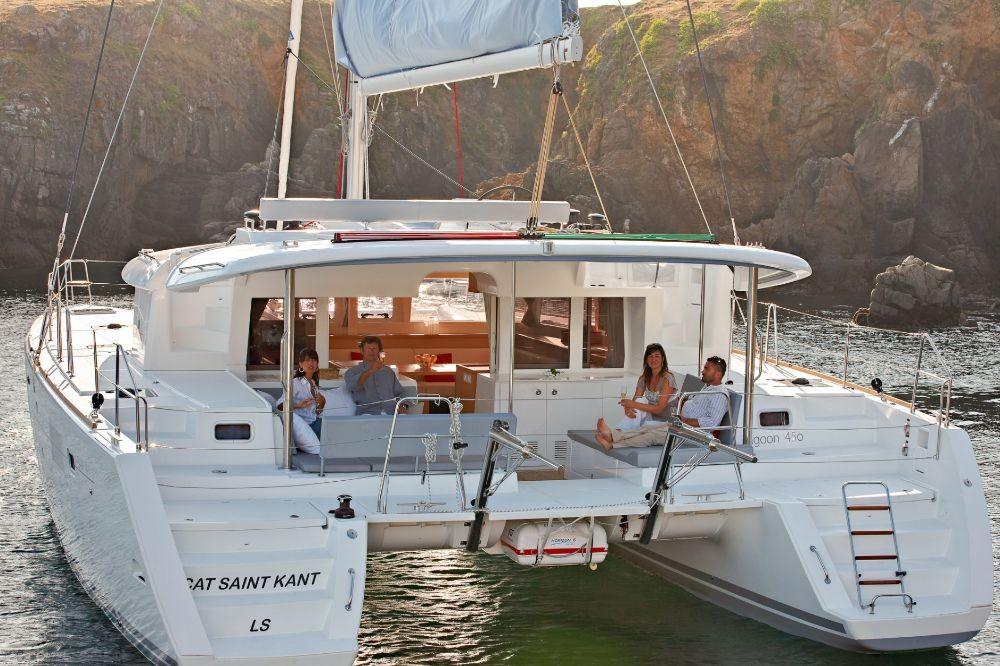 Rental Catamaran in  - Lagoon Lagoon 450 F - 4 + 1 cab.