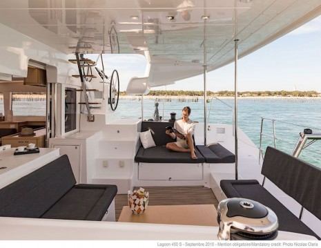 Boat rental Lagoon Lagoon 450 in  on Samboat