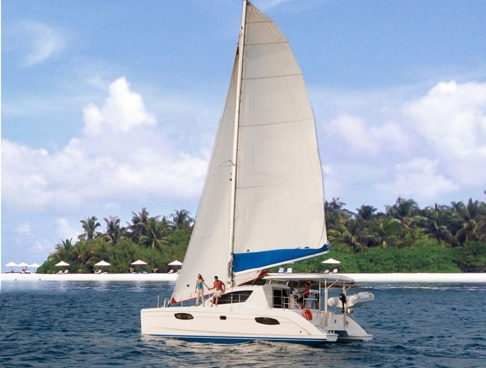 Rental Catamaran in Hulhumale - Leopard Leopard 384 - 4 + 2 cab.