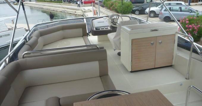 Rental yacht  - Bénéteau Monte Carlo 5 on SamBoat