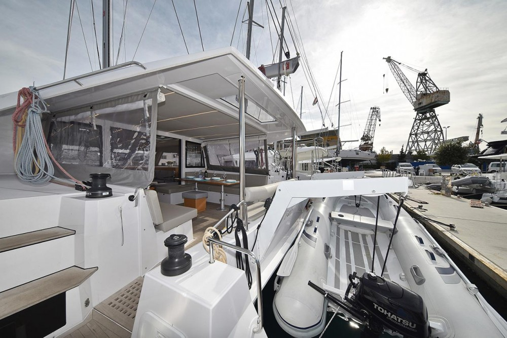 Hire Catamaran with or without skipper Nautitech Rochefort