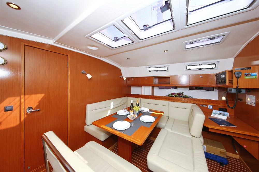 Rental yacht Split - Bavaria Cruiser 45 on SamBoat