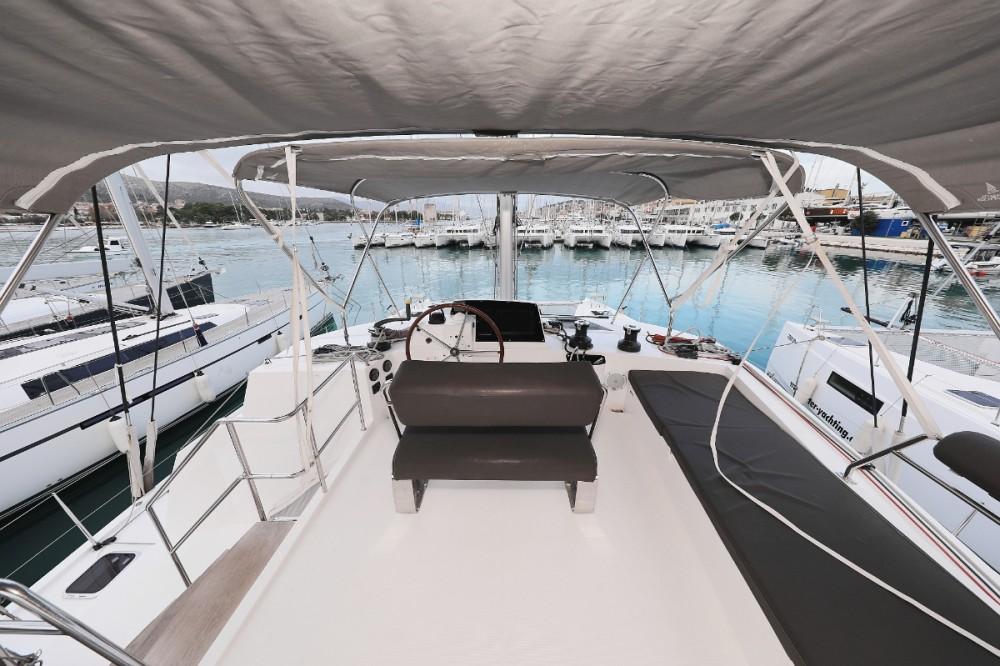 Boat rental Nautitech Nautitech 46 in Trogir on Samboat