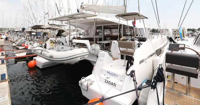Hire Catamaran with or without skipper Nautitech Pula