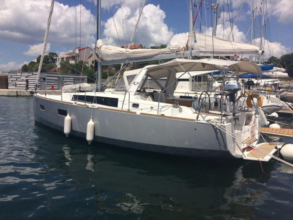 Rental yacht Croatia - Bénéteau Oceanis 38 on SamBoat