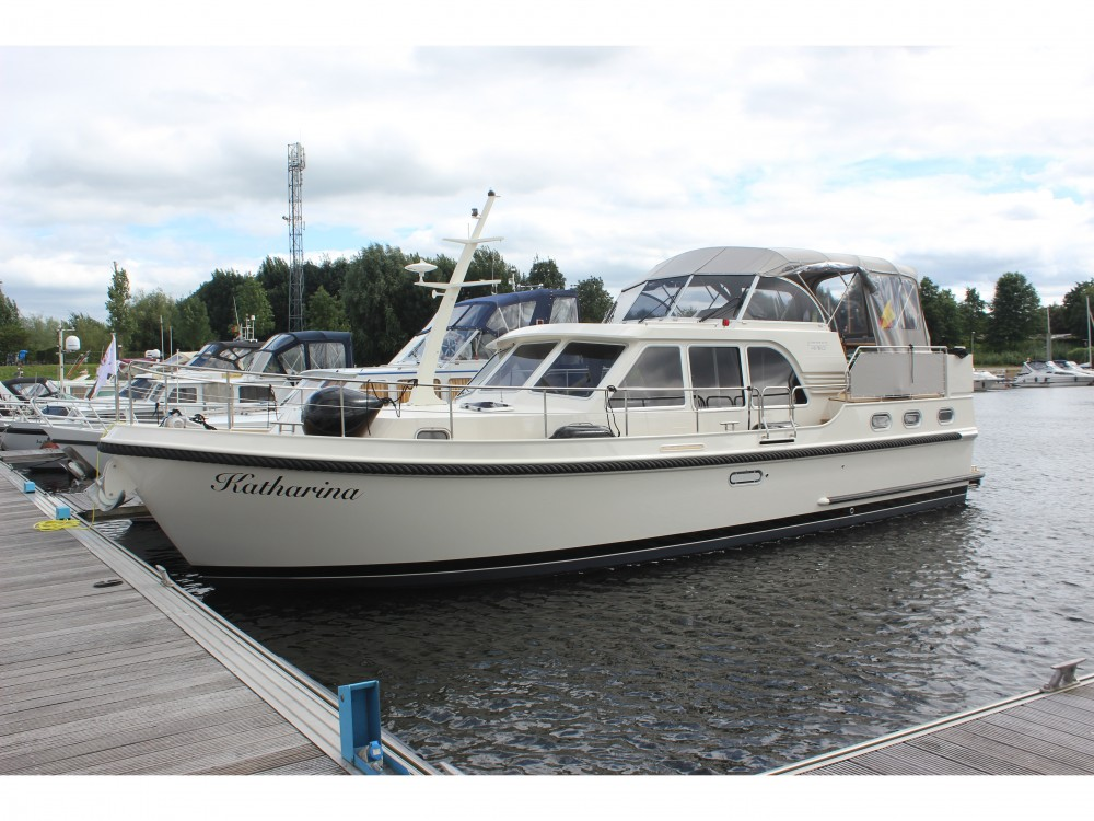 Linssen Linssen Grand Sturdy 410 AC between personal and professional