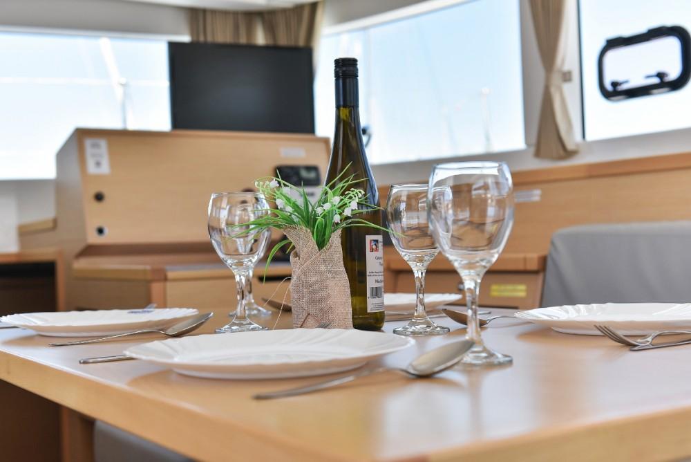 Hire Catamaran with or without skipper Lagoon Croatia