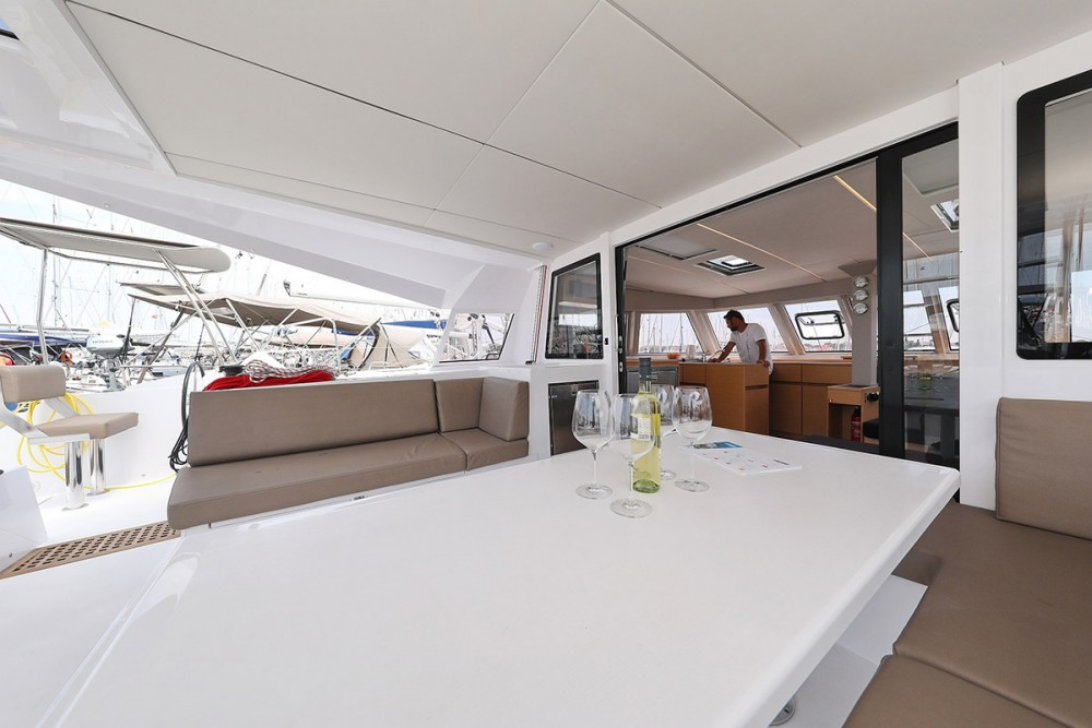 Boat rental Nautitech Nautitech 46 in Croatia on Samboat
