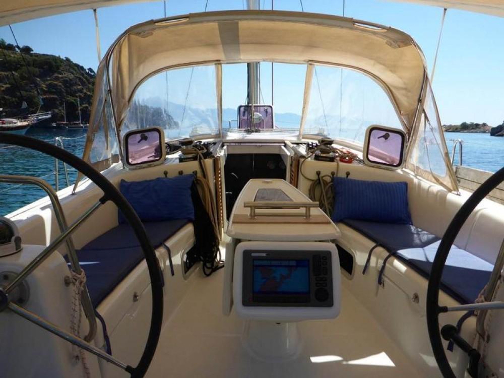 Rental Sailboat in Göcek - Bénéteau Oceanis 43