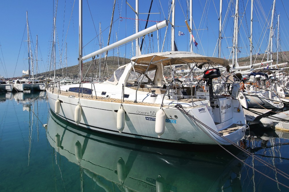 Bénéteau Oceanis 50 Family between personal and professional Trogir