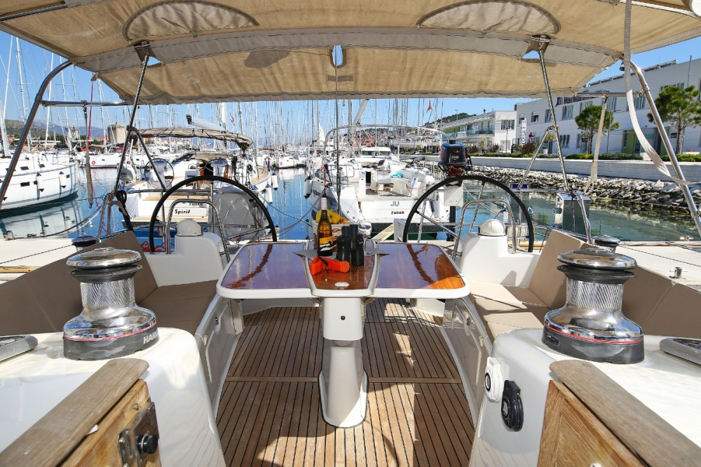 Boat rental Bénéteau Oceanis 50 Family in Trogir on Samboat