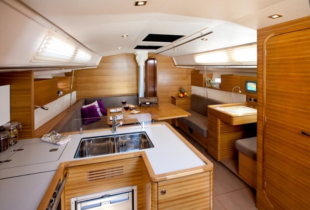 Rental yacht  - Salona Salona 44 on SamBoat