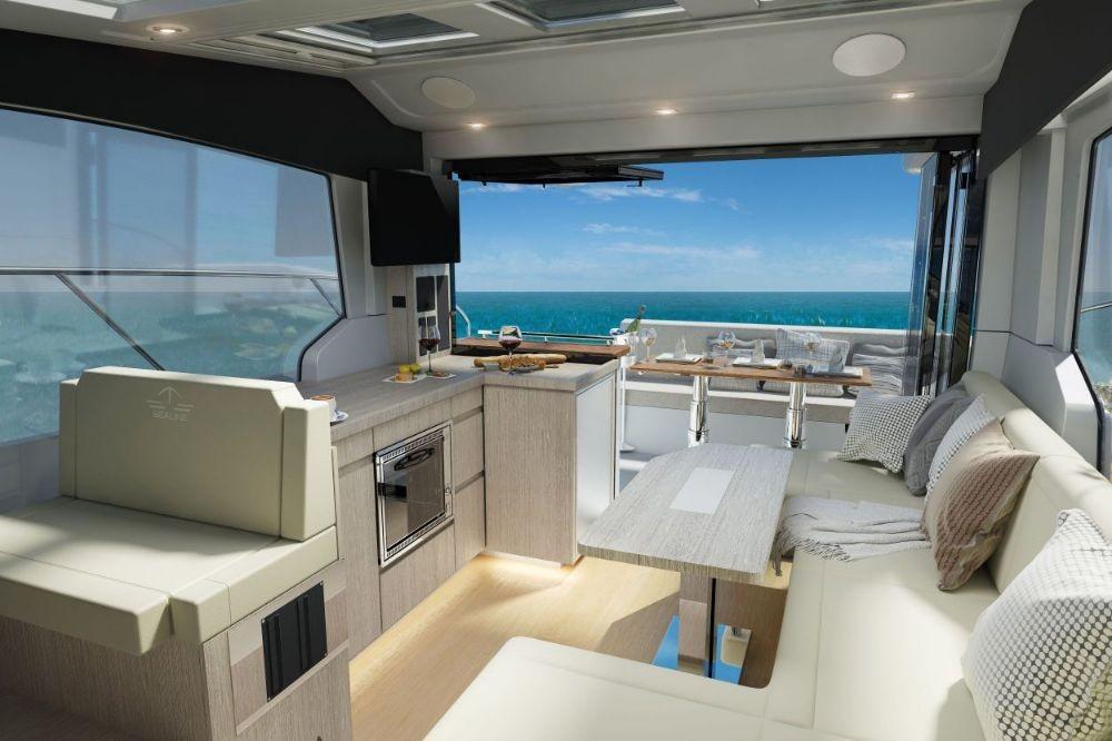 Boat rental Sealine Sealine C390 in Croatia on Samboat