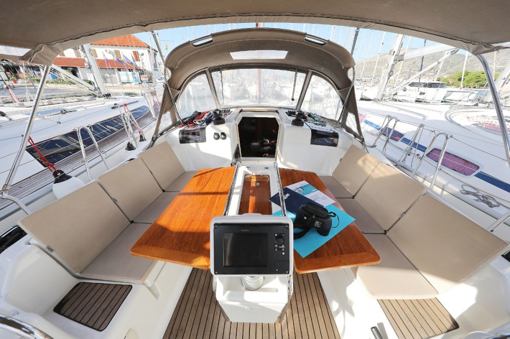 Jeanneau Sun Odyssey 409 between personal and professional Trogir