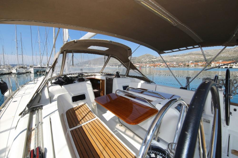 Boat rental Jeanneau Sun Odyssey 469 in Trogir on Samboat