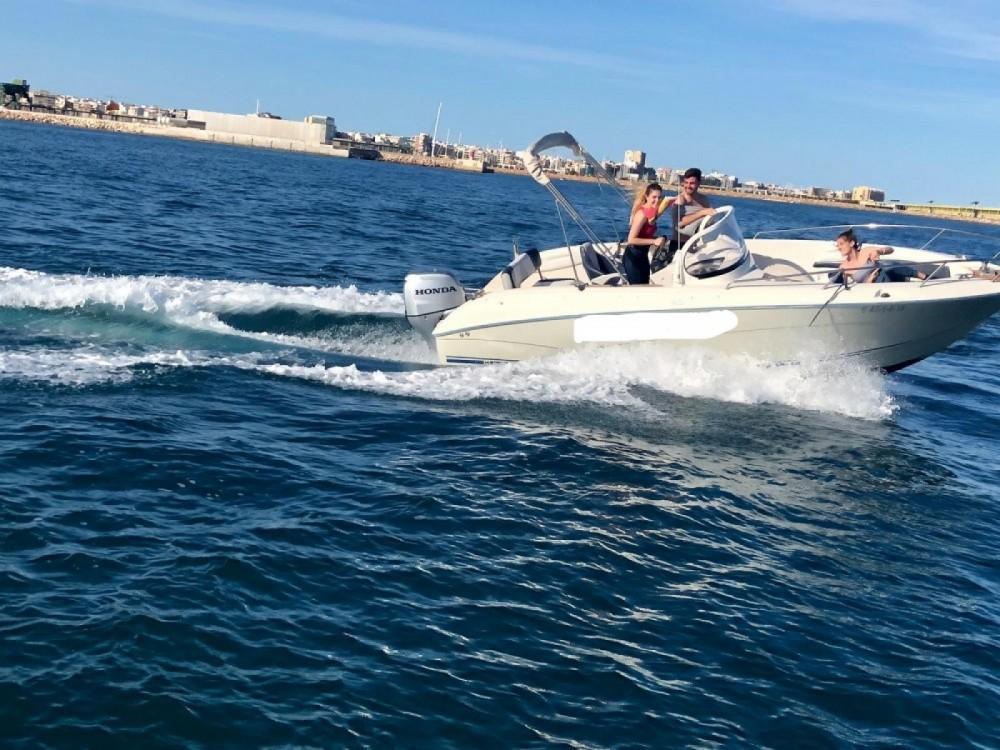 Boat rental Quicksilver COMMANDER 600 in Torrevieja on Samboat