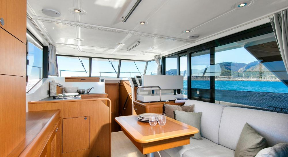 Bénéteau Swift Trawler 35 between personal and professional Pula
