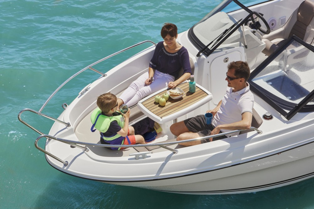 Motor boat for rent La Forêt-Fouesnant at the best price