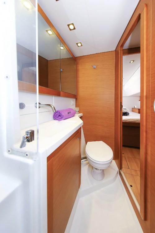 Rental Catamaran in  - Lagoon Lagoon 450