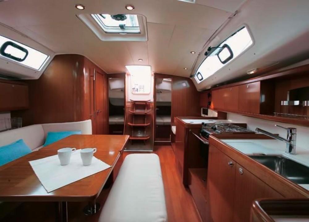 Rental yacht Peloponnese - Bénéteau Oceanis 40 on SamBoat