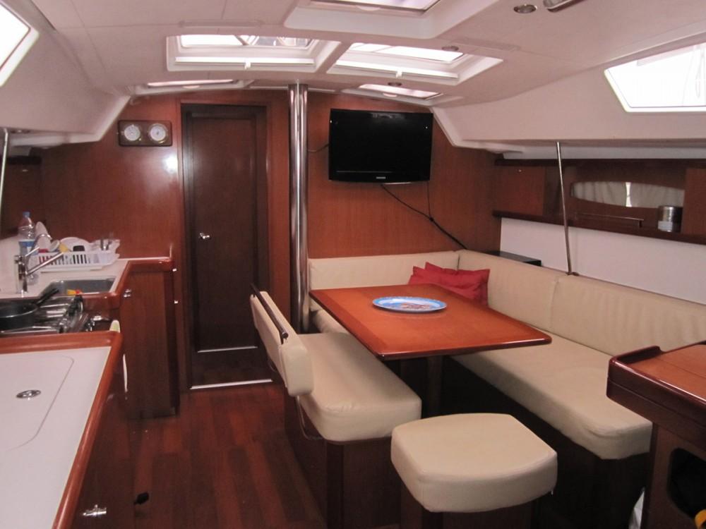 Rental yacht Peloponnese - Bénéteau Oceanis 46 - 4 cab. on SamBoat