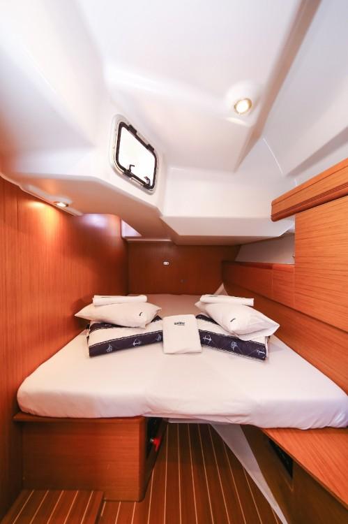 Rental yacht Croatia - Jeanneau Sun Odyssey 45 DS on SamBoat
