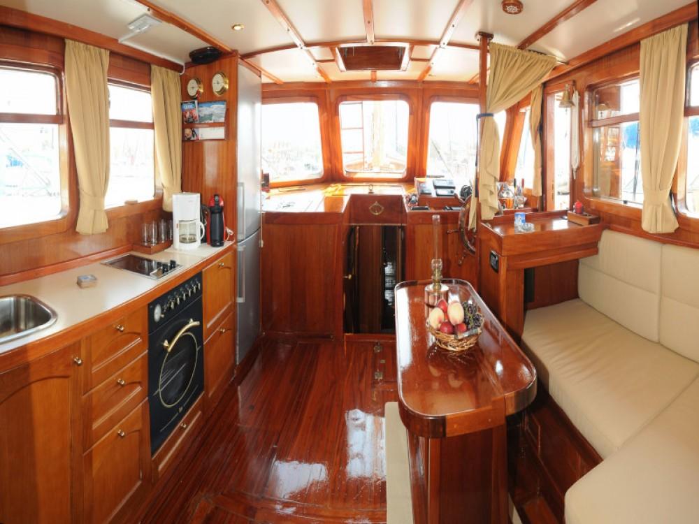 Rent a  Motor sailer Alimos Marina