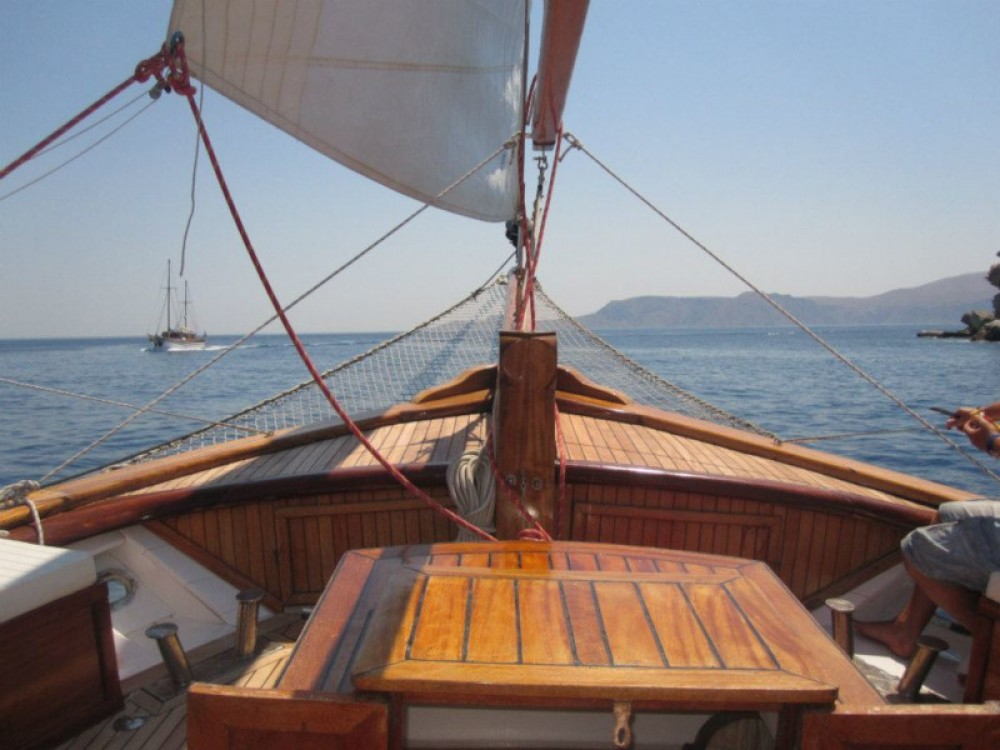 Rental yacht Alimos Marina -  Motor sailer on SamBoat