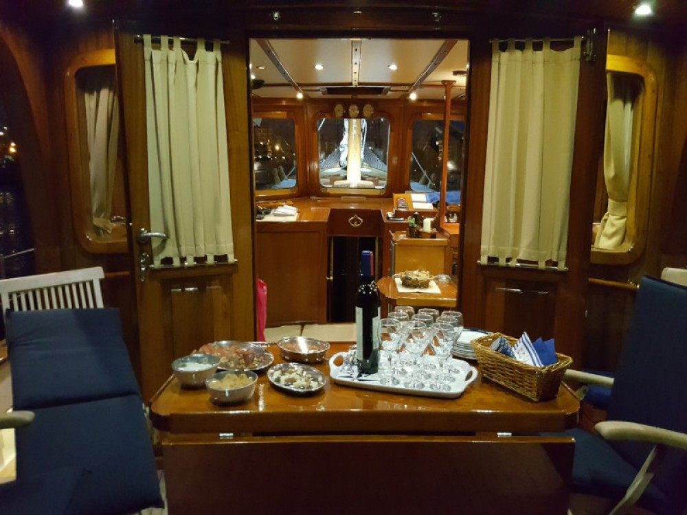 Rental Sailboat in Alimos Marina -  Motor sailer