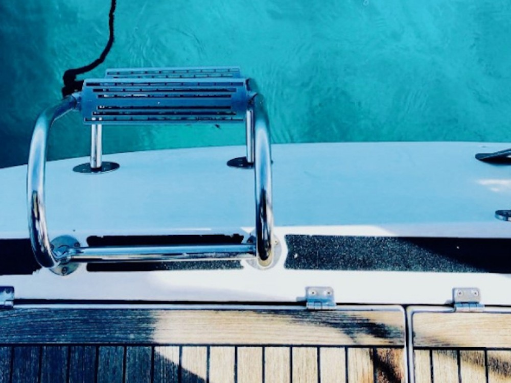 Sailboat for rent Alicante at the best price