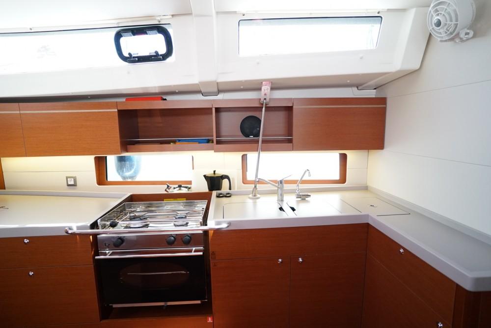 Rental yacht Ibiza - Bénéteau Oceanis 46.1 on SamBoat