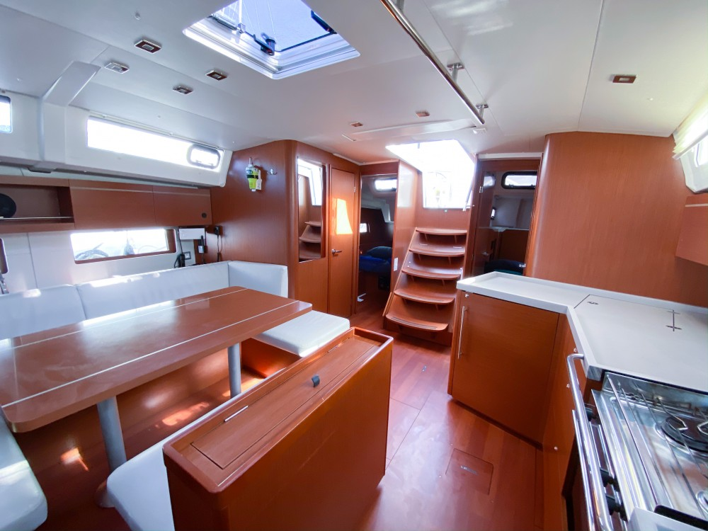 Bénéteau Oceanis 46.1 between personal and professional Ibiza
