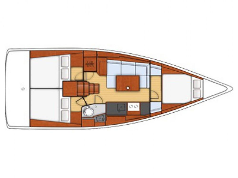 Rental Sailboat in Marina di Portisco - Bénéteau Oceanis 38