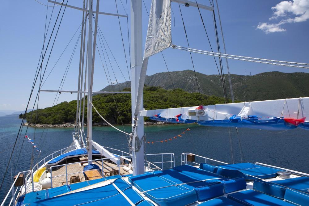 Rental yacht Alimos Marina -  Gulet Artemis on SamBoat