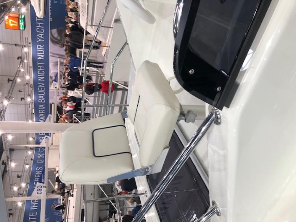 Motor boat for rent Sukošan at the best price