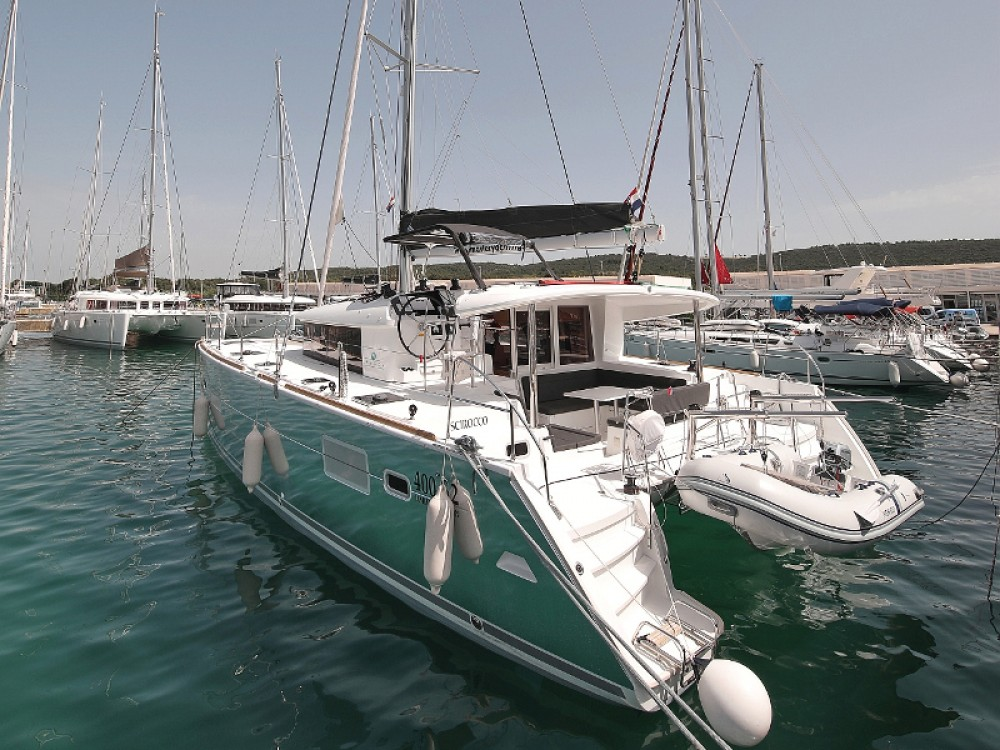 Lagoon Lagoon 400 S2 LIMITED EDITION between personal and professional Sukošan